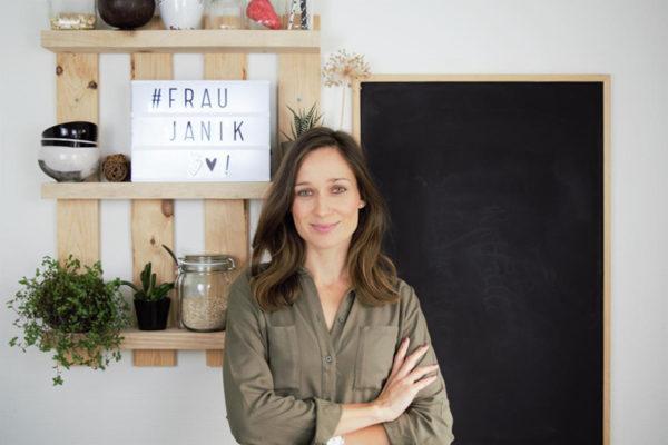 """Wie du einen erfolgreichen Blog aufbaust - Interview mit Manuela alias """"Frau Janik"""""""