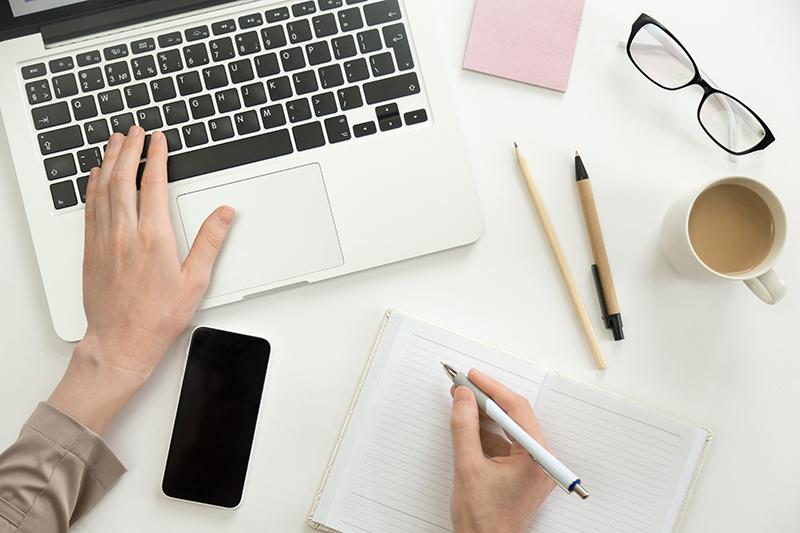 Eigenes Online-Gruppenprogramm erstellen - Unter 100 € und ohne Technikwissen