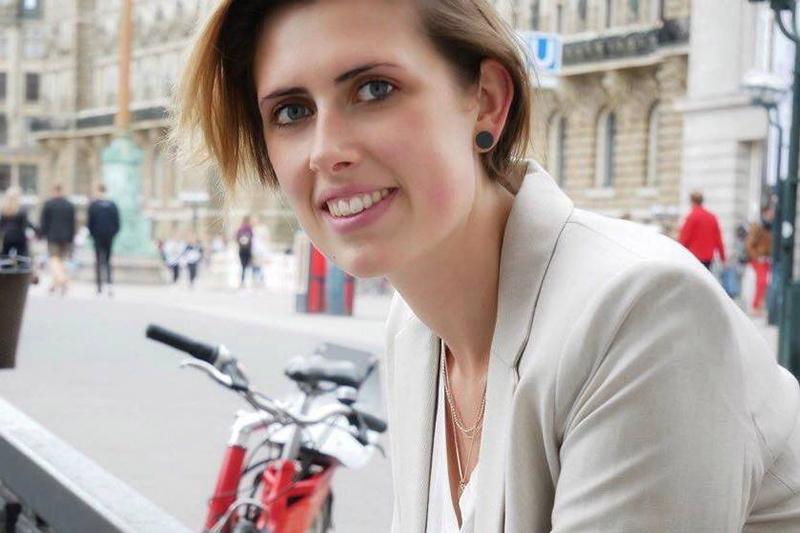 """Erfolgreich selbstständig als Virtuelle Assistentin - Interview mit Katharina von """"Office VAbelhaft"""""""